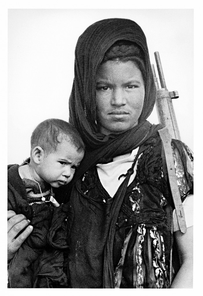 Ressources naturelles et intifada : pétrole, phosphates et résistance au  colonialisme au Sahara occidental (Première partie)   Entre les lignes  entre les mots
